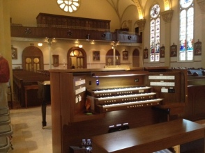 3-manual Allen organ, that was installed in the Cathedral. Notice, the change in color schemes and the organ pipe casing in the choir loft. (There's another organ up there!)