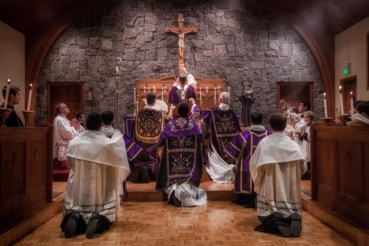2014+Pontifical+Mass-36-3106456286-O