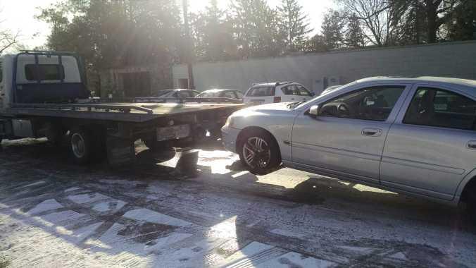 Hildegard being towed